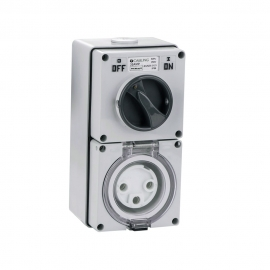 4C | Combination Switched socket 3 Round Pin IP66 250V 32A (040.000.0215)